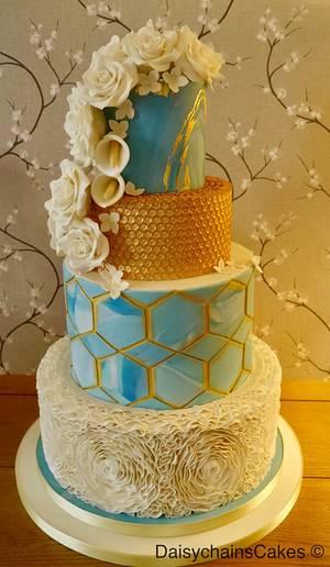 Retro Romance. My CI entry  - Cake by Daisychain's Cakes