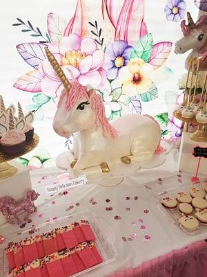 3D Unicorn - Cake by Simply Delicious Cakery