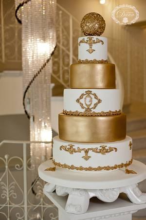 Gold and white wedding cake - Cake by Cofetaria Dana