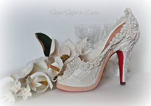 """Bridal Shoe - """"Love Is # 2"""" Collaboration - Cake by Sandra Smiley"""