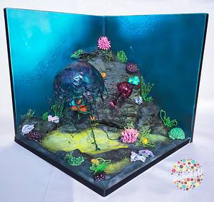 Jelly Fish 'Old Curiosity Shop' - Cake by Baked4U