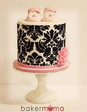 Damask baby shower cake - Cake by Bakermama