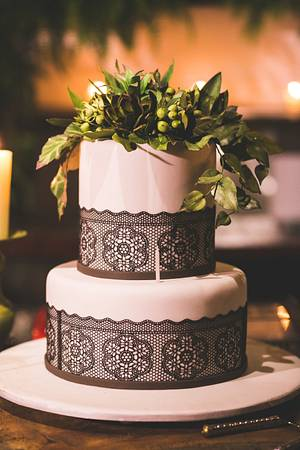 Birthday cake and sugar succulents - Cake by Carol Pato