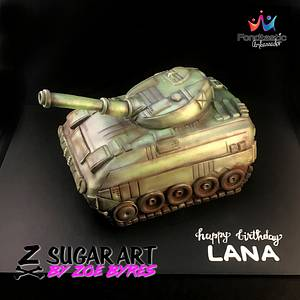 Tank  - Cake by Zoe Byres