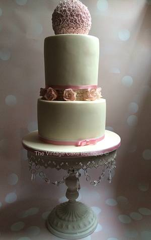 3 Tier Sphere wedding cake - Cake by The Vintage Cake Boutique