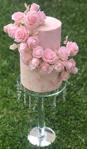 Roses cake  - Cake by Griselda de Pedro