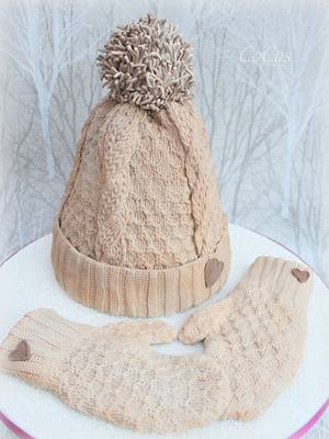Winter wooly knitted bobble hat and mittens  - Cake by Lynette Brandl