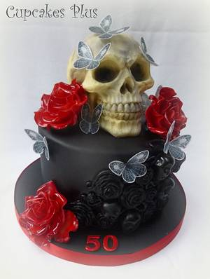 Haloween themed birthday cake - Cake by Janice Baybutt