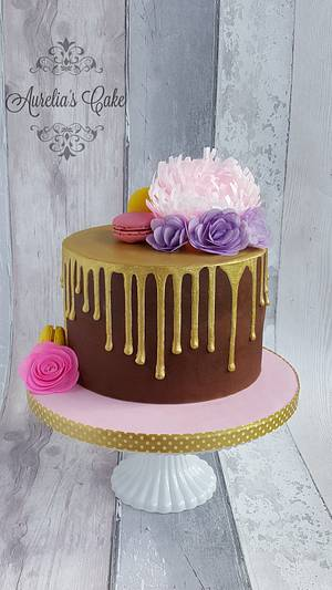 Gold drip cake with wafer paper flowers - Cake by Aurelia's Cake