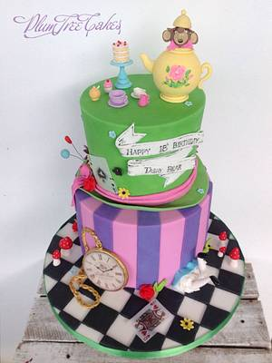 Wonderland! :)  - Cake by Plum Tree Girl