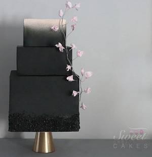 Black modern wedding cake - Cake by Sweet Creations Cakes
