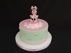 Pink Minnie Mouse - Cake by Diana