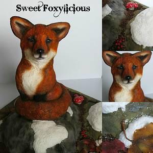 Luna the Fox!  - Cake by Sweet Foxylicious