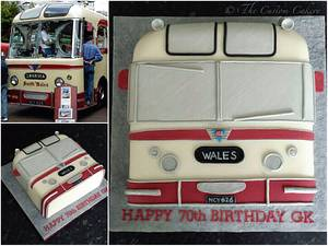 Vintage Bus - Cake by The Custom Cakery