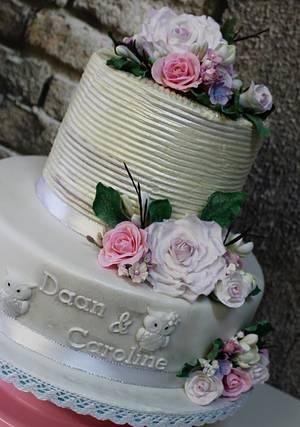 surprise little wedding cake - Cake by Jacqueline