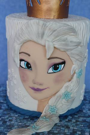 Elsa - Cake by SWEET HEAVEN