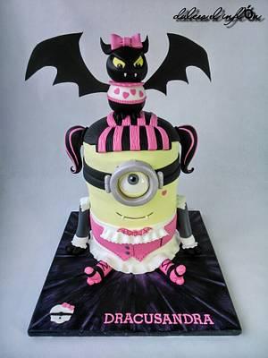 Minion-Draculaura  - Cake by Floren Bastante / Dulces el inflón