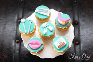 Cupcakes for a Dentist - Cake by Kendari Gordon