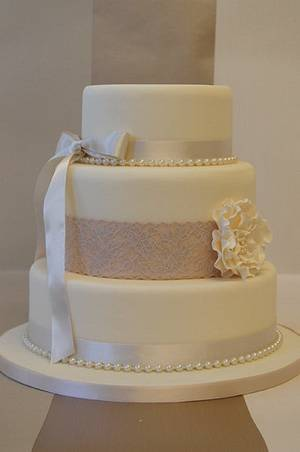 simple and stylish wedding cake - Cake by dazzleliciouscakes