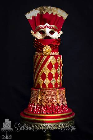The golden venetian mask in Rosso - Cake by Bellaria Cake Design