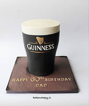 A pint of guinness - Cake by Elaine Boyle....bakemehappy.ie