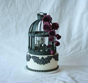 Gothic birdcage - Cake by Tamara