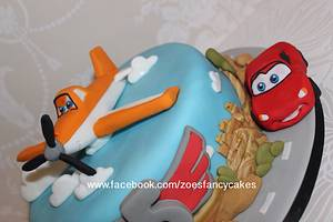Planes and cars - Cake by Zoe's Fancy Cakes