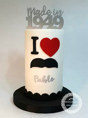 Moustache cake! - Cake by Silvia Caballero