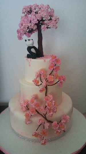 Torta fiori di pesco con panda - Cake by CakeMonica