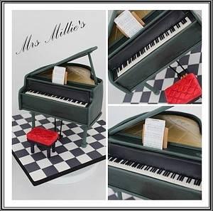 Music Maestro - Cake by Mrs Millie's