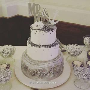 Silver wedding - Cake by Teresa Frye