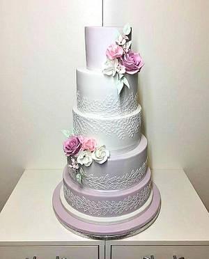 Wedding in violet - Cake by Frufi