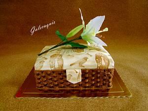Sewing basket and lilium - Cake by Gardenia (Galecuquis)