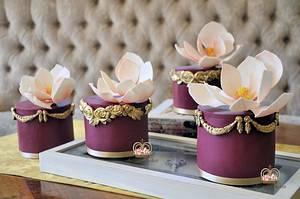 Mini Wedding Cakes - Cake by Sumaiya Omar - The Cake Duchess