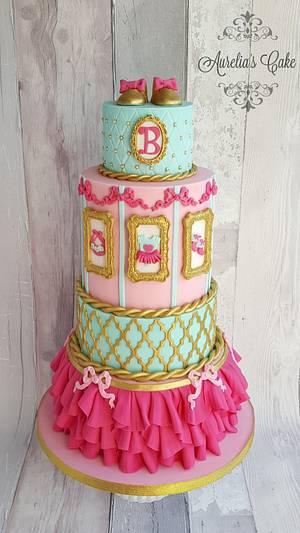 Baby shower royal cake - Cake by Aurelia's Cake