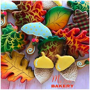 """Fall cookies 🍁 - Cake by Nadia """"My Little Bakery"""""""