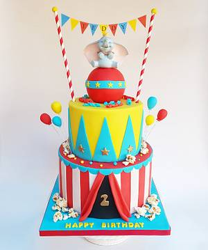 Dumbo circus cake - Cake by Vanilla Iced