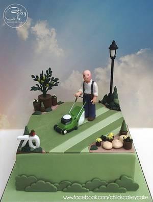 Lawnmower Man - Cake by CakeyCake