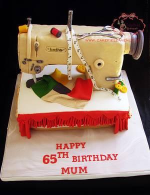 SEWING MACHINE CAKE - Cake by Agatha Rogowska ( Cakefield Avenue)