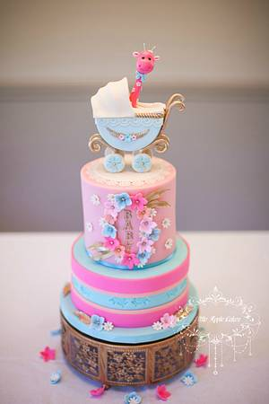 Peek-a-boo! ~ Baby shower cake - Cake by Little Apple Cakes