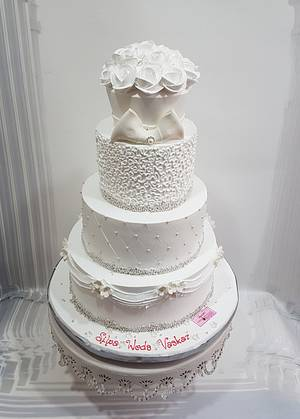 Towering White Beauty - Cake by Michelle's Sweet Temptation