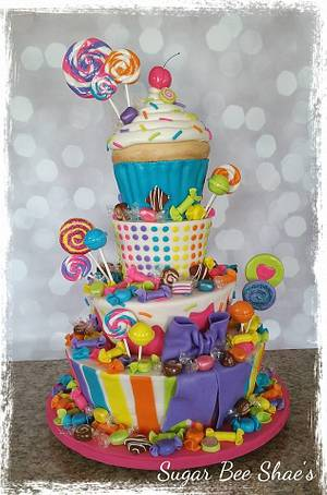 Candy Shoppe - Cake by SugarBeeShaes