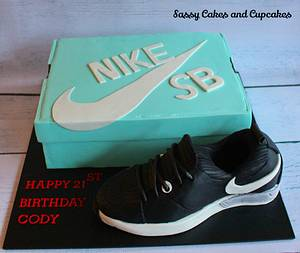 Sporty and loving it! - Cake by Sassy Cakes and Cupcakes (Anna)