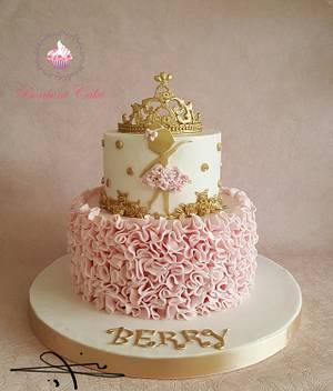 Gold Ballerina  - Cake by mona ghobara/Bonboni Cake