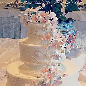 Orchid cake - Cake by Daniela Marchese
