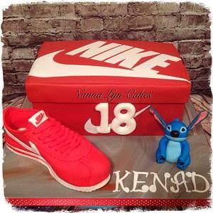 Nike shoe and box (+Stitch) - Cake by Nanna Lyn Cakes