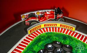 F1 birthday cake  - Cake by LonsTaartCake