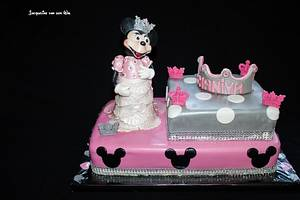 Minnie Mousse or Princess - Cake by Jacqueline