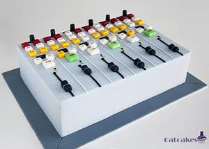 Mixing board  - Cake by Catcakes