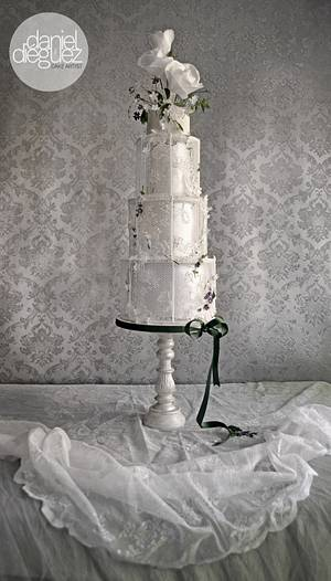 "Wedding Cake ""Veiled Romanticism "" for ""Pasteles de Ensueño"" Magazine - Cake by Daniel Diéguez"
